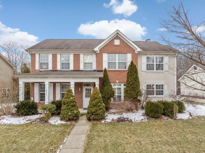 18017  KINDER OAK Drive Noblesville, IN 46060 | MLS 21625779