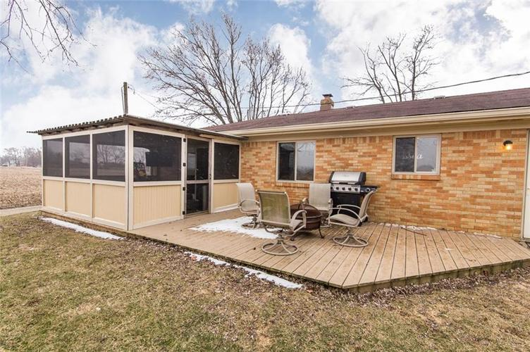 194 E US Highway 52 Fountaintown, IN 46130 | MLS 21625867 | photo 3