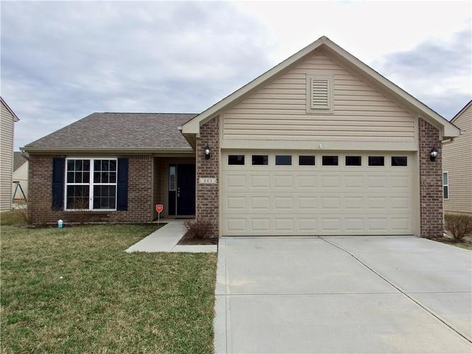 883 Blue Ash Trail Greenwood, IN 46143 | MLS 21625891 | photo 1