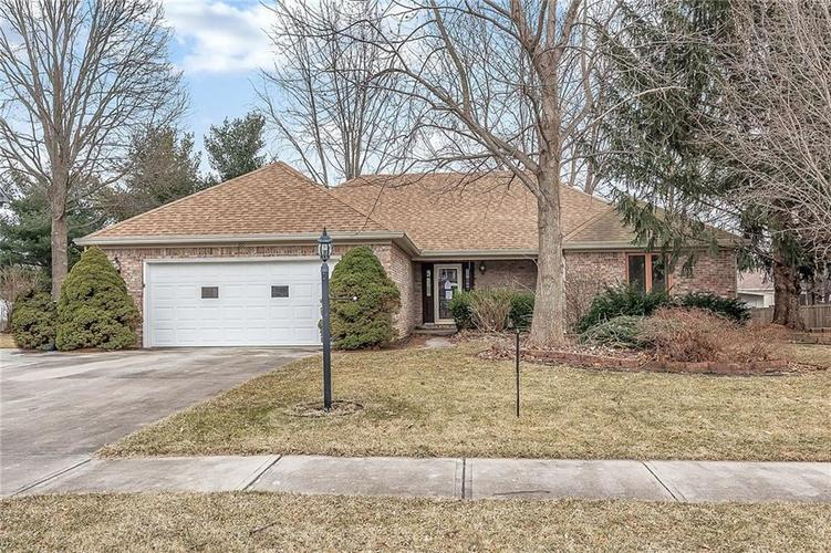 180  Hollowview Drive Noblesville, IN 46060 | MLS 21625922