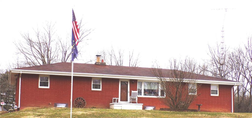 6805 N County Road 500 E North Vernon, IN 47265 | MLS 21625990 | photo 1
