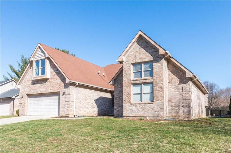110 CHARING CROSS Road Indianapolis, IN 46217 | MLS 21626087 | photo 1