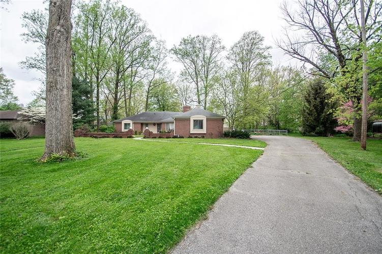 8770 Washington Blvd West Drive Indianapolis, IN 46240 | MLS 21626113 | photo 1