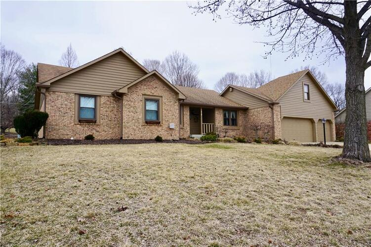 8214 Forward Pass Road Indianapolis, IN 46217 | MLS 21626124 | photo 1