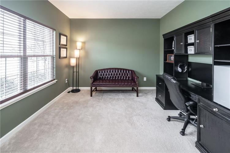 15970 Bounds Drive Noblesville, IN 46062 | MLS 21626220 | photo 2