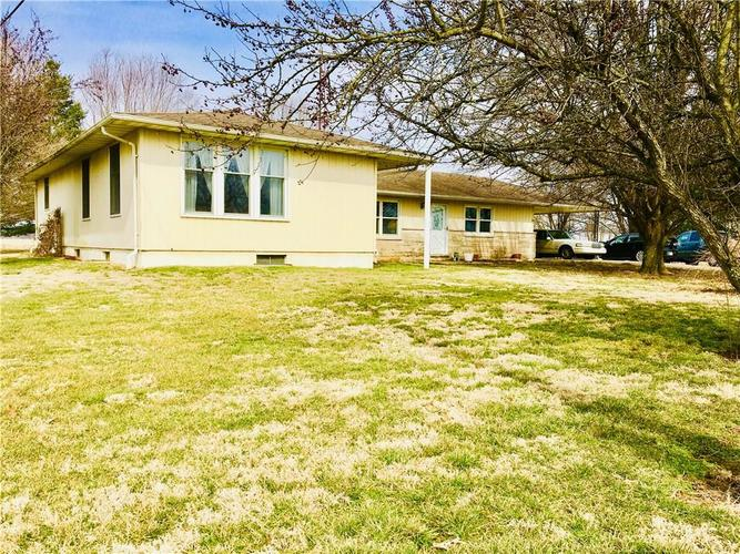 5804 W County Road 150 South Medora, IN 47260 | MLS 21626222 | photo 2