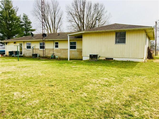 5804 W County Road 150 South Medora, IN 47260 | MLS 21626222 | photo 3