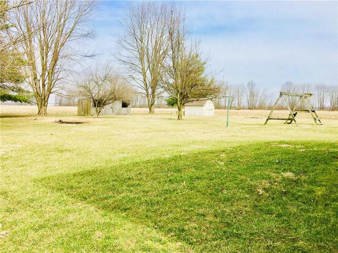 5804 W County Road 150 South Medora, IN 47260 | MLS 21626222 | photo 4
