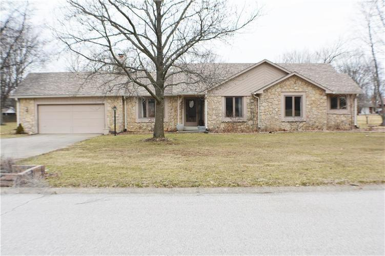 1926 Rudgate Drive Avon, IN 46123 | MLS 21626241 | photo 1