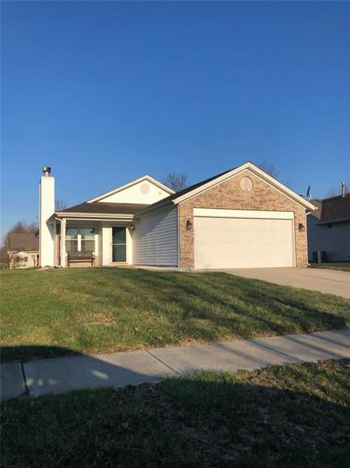 2846 Rothe Lane Indianapolis, IN 46229   MLS 21626515   photo 1