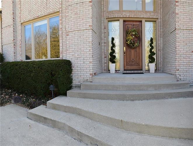7614 William Penn Place Indianapolis, IN 46256 | MLS 21626544 | photo 3