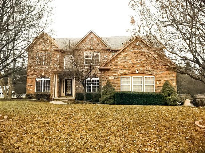 14381  WHISPER WIND Drive Carmel, IN 46032 | MLS 21626579