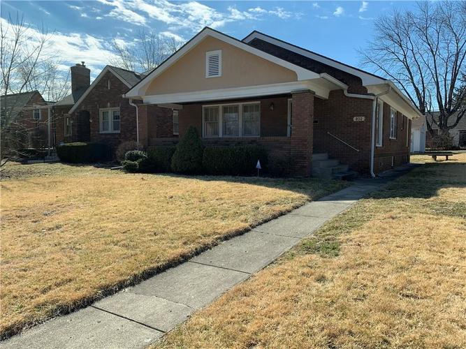 832 Campbell Avenue Indianapolis, IN 46219 | MLS 21626701 | photo 1