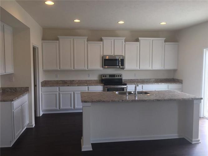 9762 April Rose Drive Fishers, IN 46040 | MLS 21626712 | photo 2