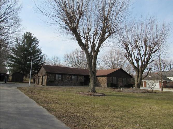 2997 W Country Club Road Crawfordsville, IN 47933 | MLS 21627063 | photo 1