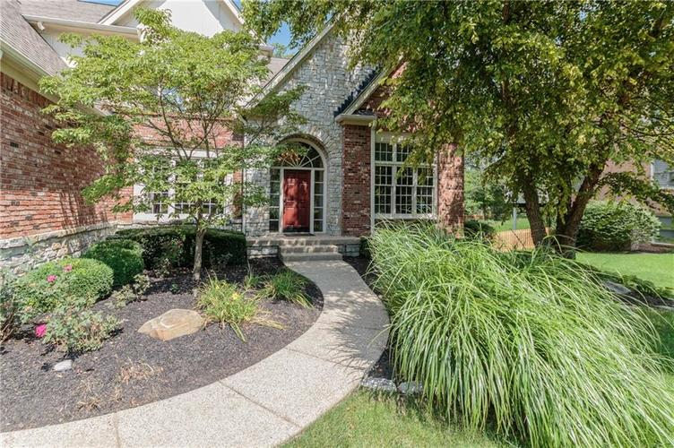 11464  Old Stone Drive Indianapolis, IN 46236 | MLS 21627070