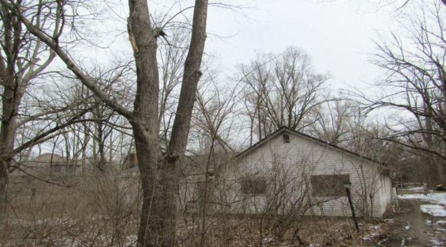 2021 S Silver Lane Drive Indianapolis, IN 46203 | MLS 21627160 | photo 1