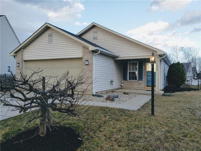 11986  Sapling Circle Noblesville, IN 46060 | MLS 21627173