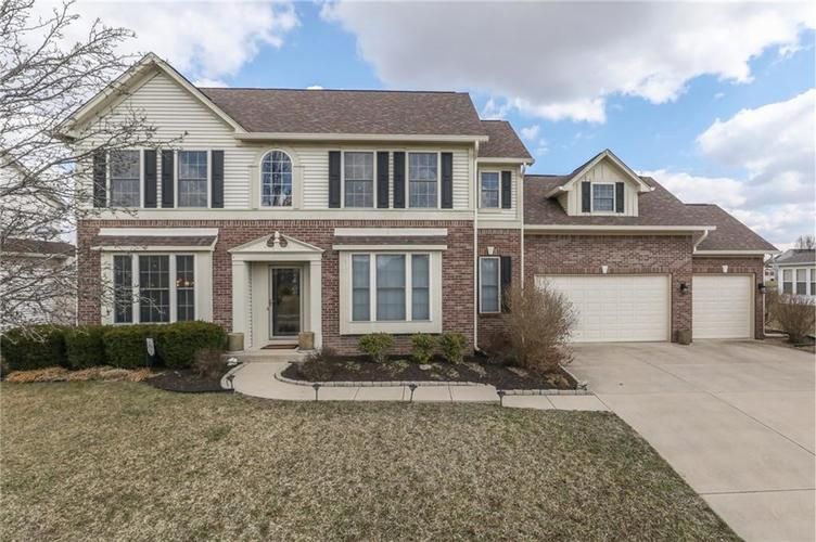 7715 Sleeping Ridge Drive Indianapolis, IN 46217 | MLS 21627412 | photo 1