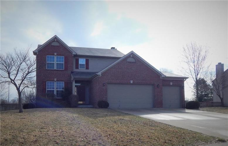 655  Sutton Drive Greenwood, IN 46142 | MLS 21627529