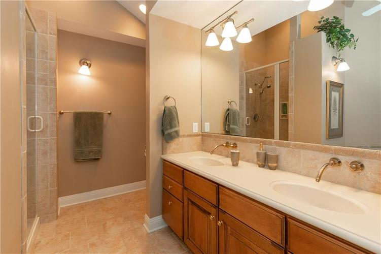 9213 Anchor Mark Drive Indianapolis, IN 46236 | MLS 21627576 | photo 15