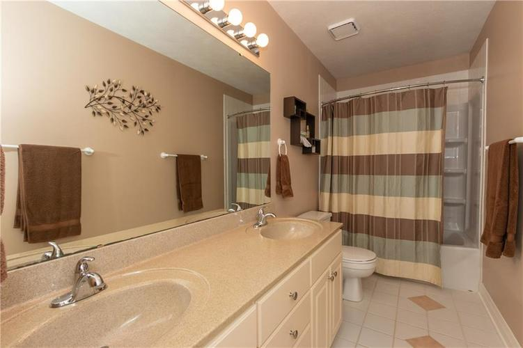 9213 Anchor Mark Drive Indianapolis, IN 46236 | MLS 21627576 | photo 22