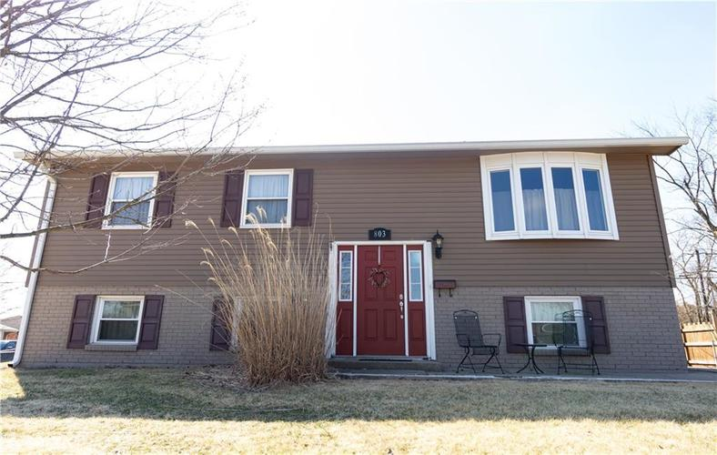 803  Redfern Drive Beech Grove, IN 46107 | MLS 21627585