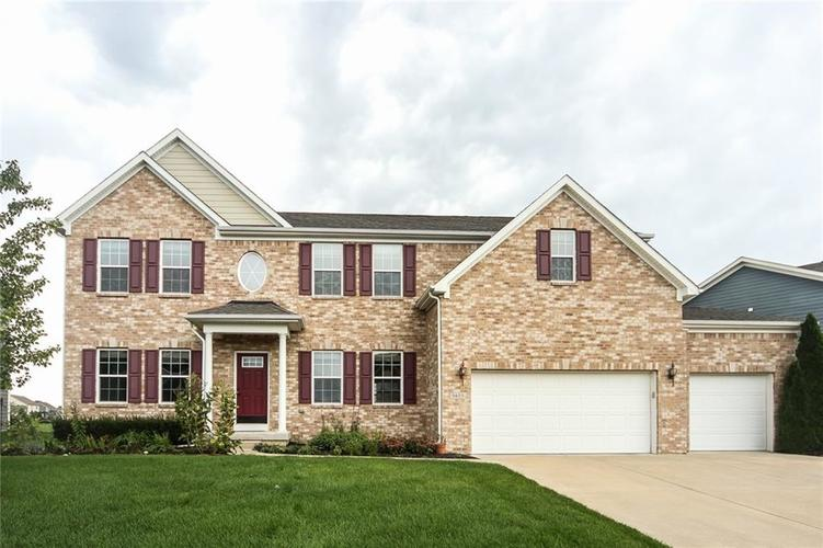 5653  Sunnyvalle Drive Bargersville, IN 46106 | MLS 21627590