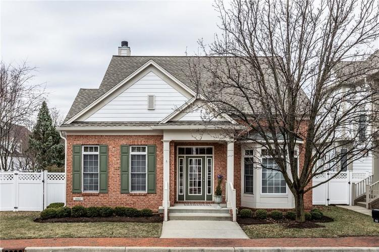 8162  Penn Place Indianapolis, IN 46250 | MLS 21627598