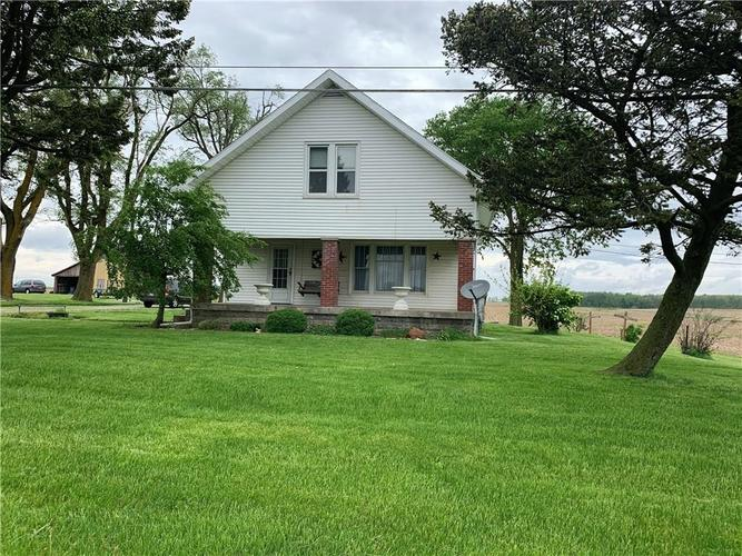 4426 E US Highway 40  Straughn, IN 47387 | MLS 21627631