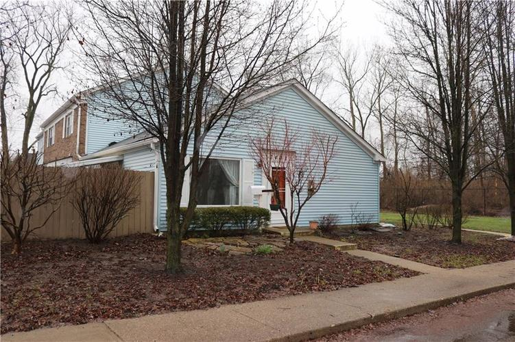 7462  Woodshire Place Indianapolis, IN 46217 | MLS 21627738
