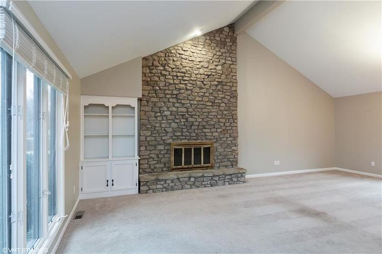 11768 EDEN ESTATES Place Carmel, IN 46033 | MLS 21627889 | photo 3