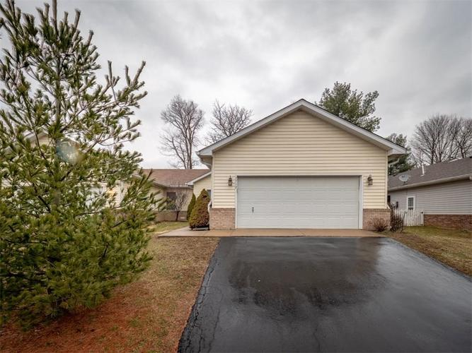 7712 Orchard Village Drive Indianapolis, IN 46217 | MLS 21628083 | photo 1