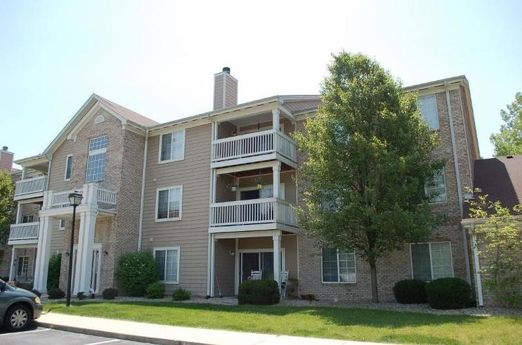 4925  OPAL RIDGE Unit 311 Drive Indianapolis, IN 46237 | MLS 21628130