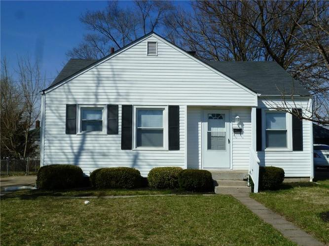 5438 E 20TH Place Indianapolis, IN 46218 | MLS 21628288 | photo 1