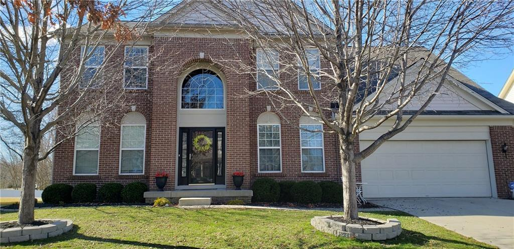 5910 Ramsey Drive Noblesville, IN 46062 | MLS 21628497 | photo 1