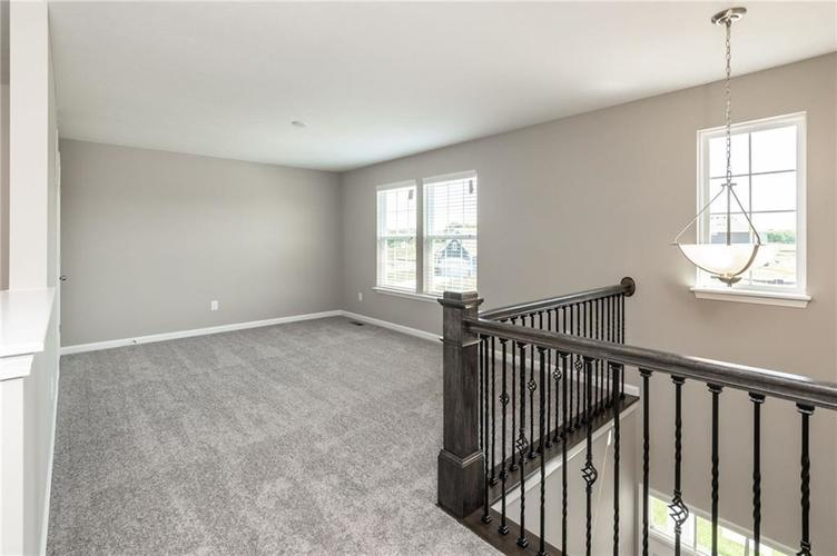 10542 Stableview Drive Fishers, IN 46040 | MLS 21628507 | photo 16