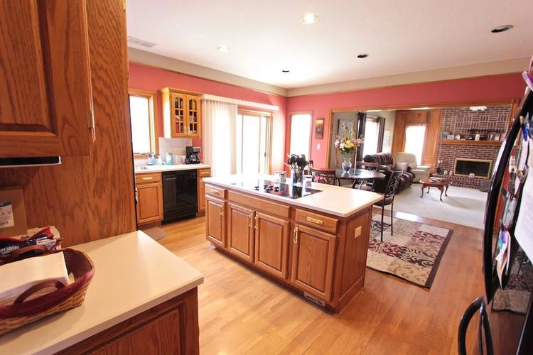 1145 FOREST COMMONS Drive Avon, IN 46123 | MLS 21628588 | photo 11
