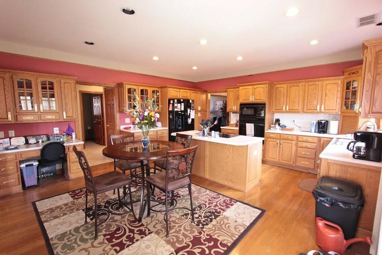 1145 FOREST COMMONS Drive Avon, IN 46123 | MLS 21628588 | photo 12