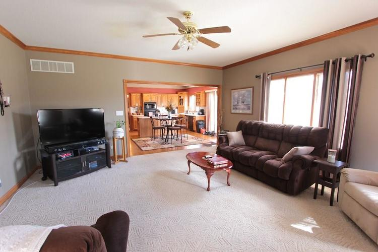 1145 FOREST COMMONS Drive Avon, IN 46123 | MLS 21628588 | photo 15