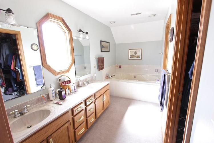 1145 FOREST COMMONS Drive Avon, IN 46123 | MLS 21628588 | photo 18