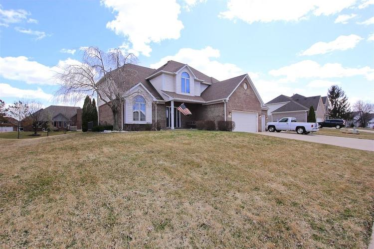 1145 FOREST COMMONS Drive Avon, IN 46123 | MLS 21628588 | photo 2