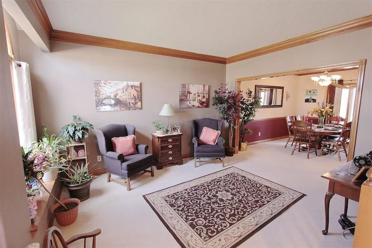 1145 FOREST COMMONS Drive Avon, IN 46123 | MLS 21628588 | photo 6