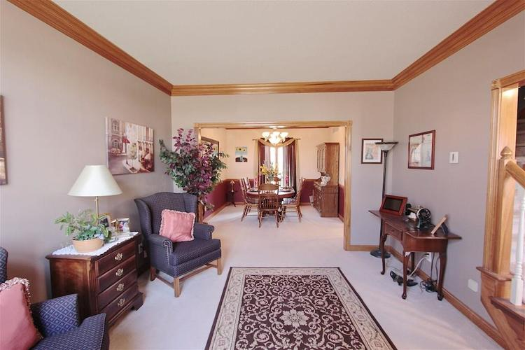 1145 FOREST COMMONS Drive Avon, IN 46123 | MLS 21628588 | photo 7