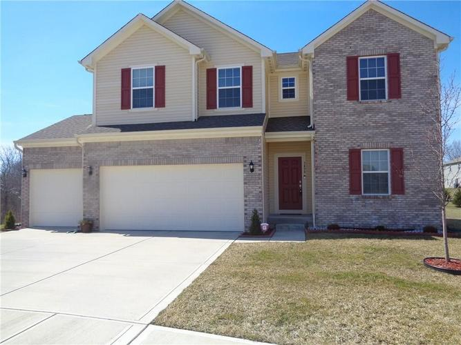 3498  Clary Blvd South Drive Greenwood, IN 46143 | MLS 21628764