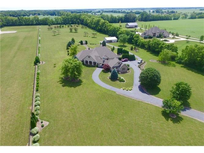 393 S Nay Road Greenwood, IN 46143 | MLS 21628869