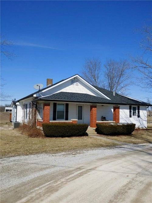 4001 E State Road 42 Cloverdale, IN 46120 | MLS 21628870 | photo 1