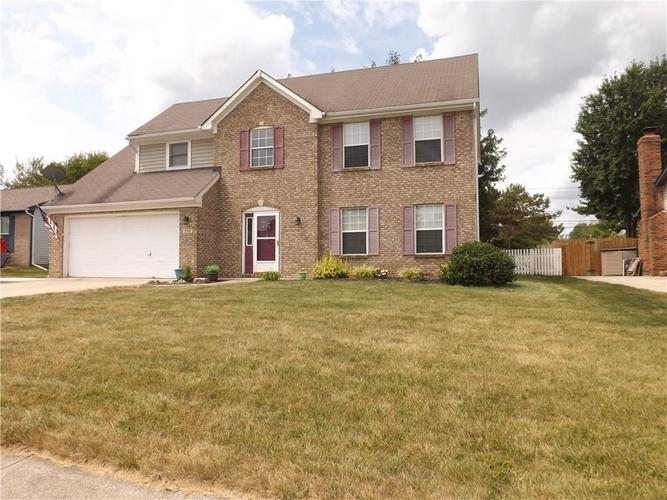 936  Bull Run West Drive Greenwood, IN 46143 | MLS 21628912