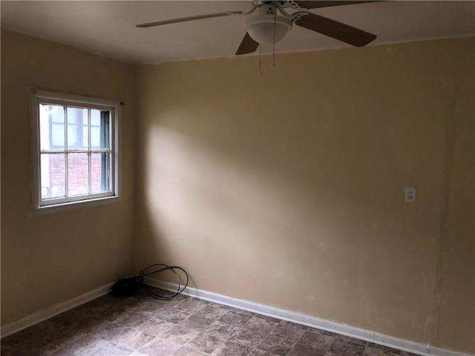 1653 N Somerset Avenue Indianapolis, IN 46222 | MLS 21628934 | photo 11