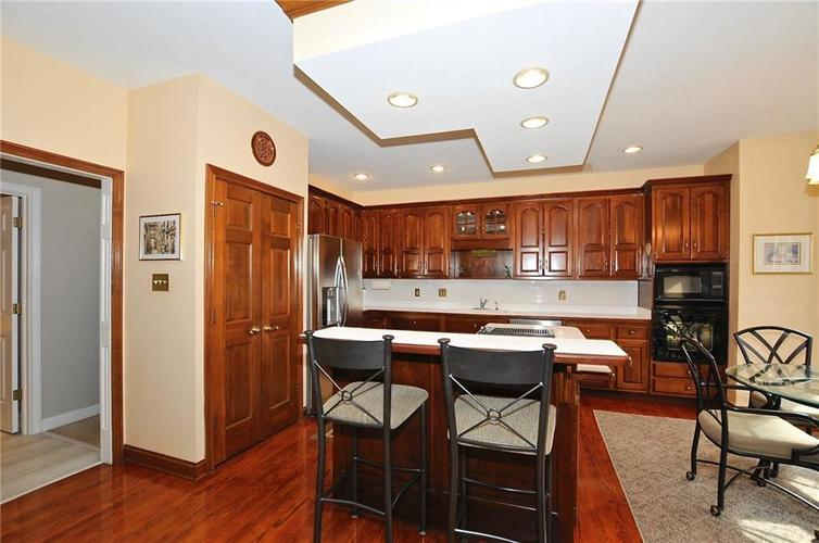 11363 Woods Bay Lane Indianapolis, IN 46236 | MLS 21629010 | photo 17